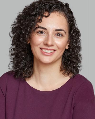Dr. Ester Kohen